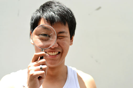 Wo Zyou' the record-holder for blowing up the largest balloon in one minute
