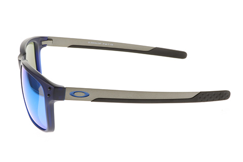 Oakley Holbrook Mix OO9384-03 Matte Translucent Blue Prizm Polarised